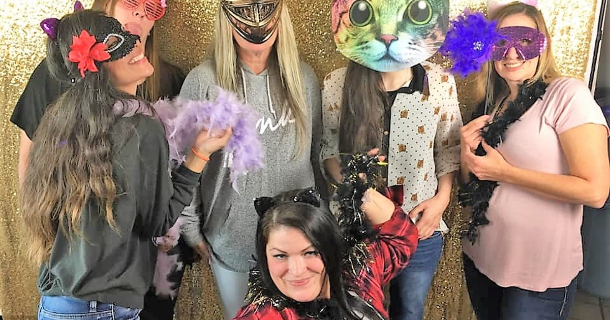 Supporters of Salem cats turn out for fundraiser | Salem Reporter